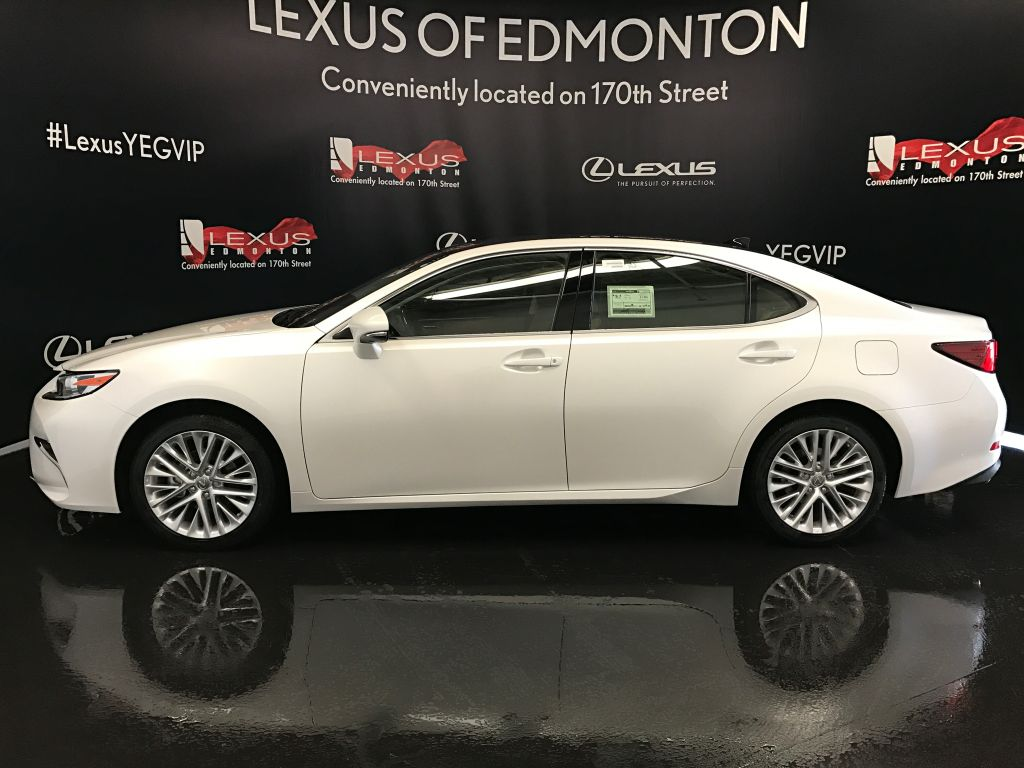 Pre Owned 2017 Lexus Es 350 Demo Unit Executive Package